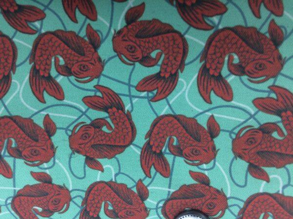 création tissu original, motif poisson bordeaux