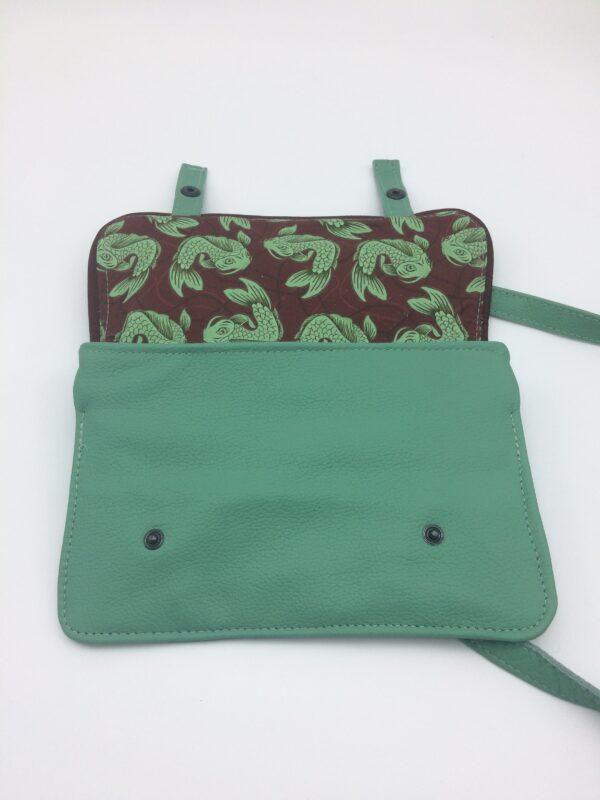 sac en cuir,vert menthe, modèle Saphia, motif poisson bordeaux