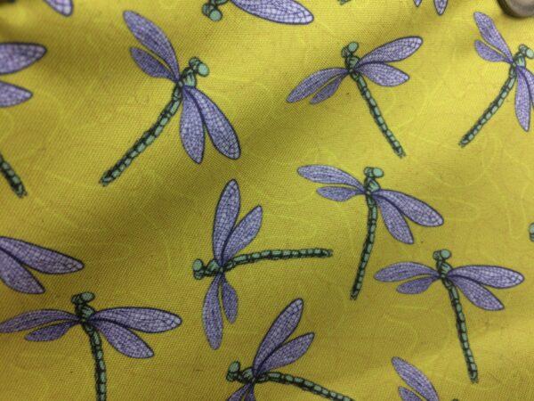 création tissu original, motif libellule jaune