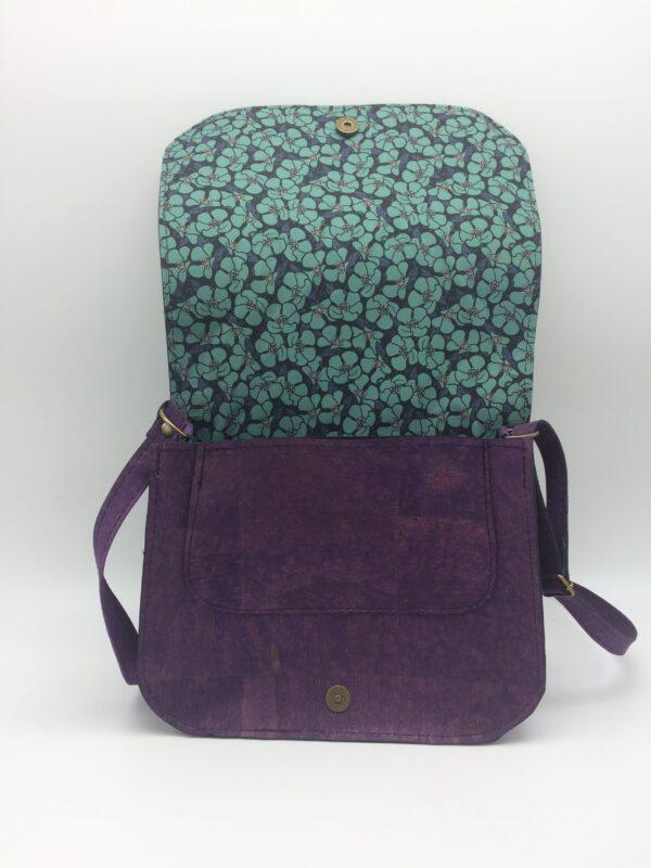 sac en liege, violet, motif coquelicot bleu, modèle Zoé