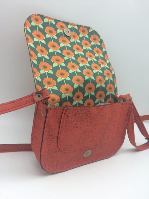 sac en liege, orange-rouge, modèle petite zoé, motif fleurs naives